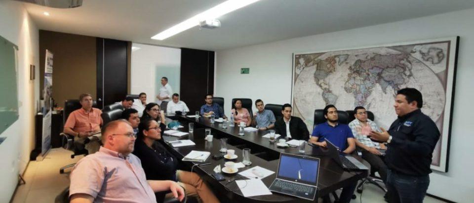 Taller sobre huella hídrica y huella de carbono en El Salvador